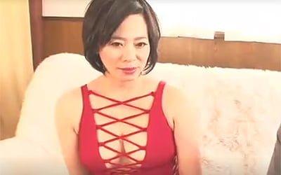 ガチデビュー戦な素人五十路高齢熟女ババアの初撮りAV!垂れ乳爆乳な妖艶美熟女さんですw